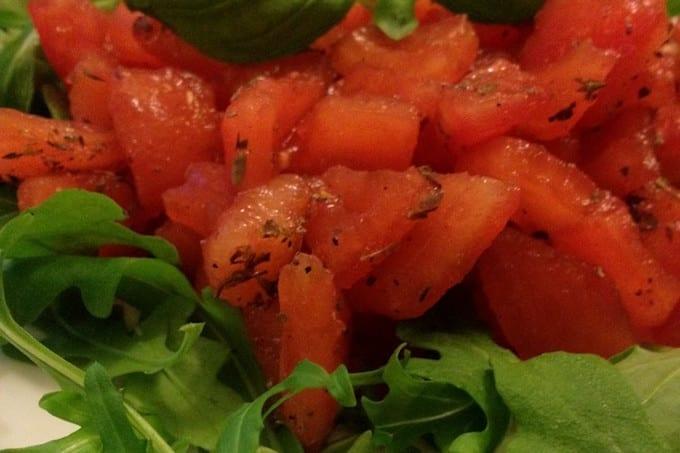 Zelfgemaakt tomatensalsa