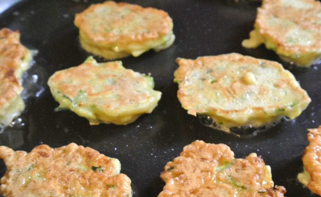 Courgette koekjes met feta