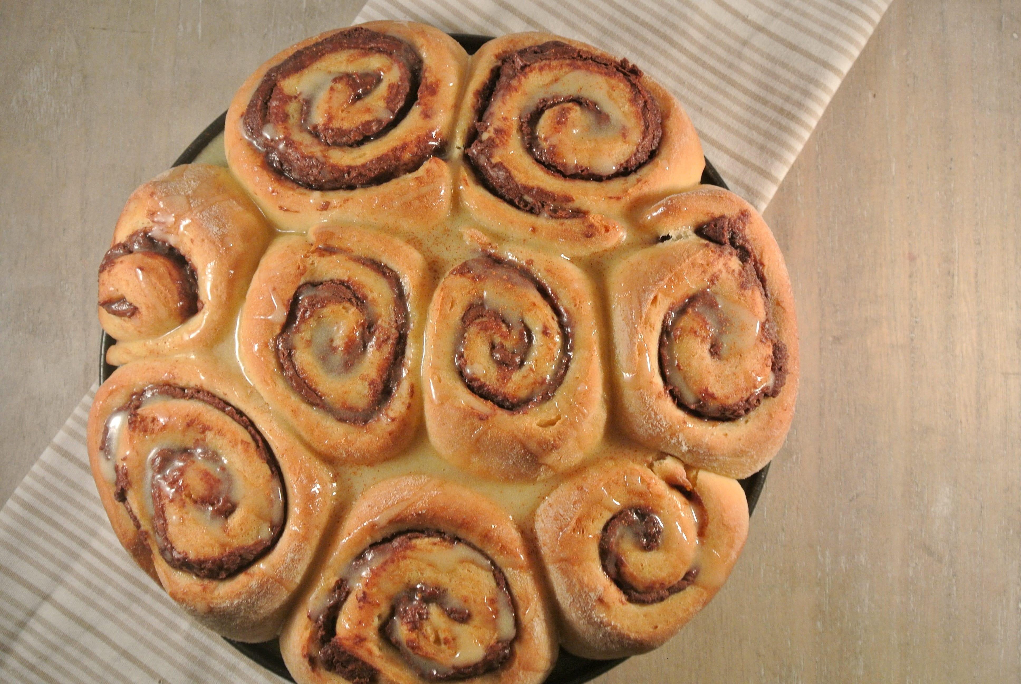 Kerstontbijt: Nutella-kaneelbroodjes
