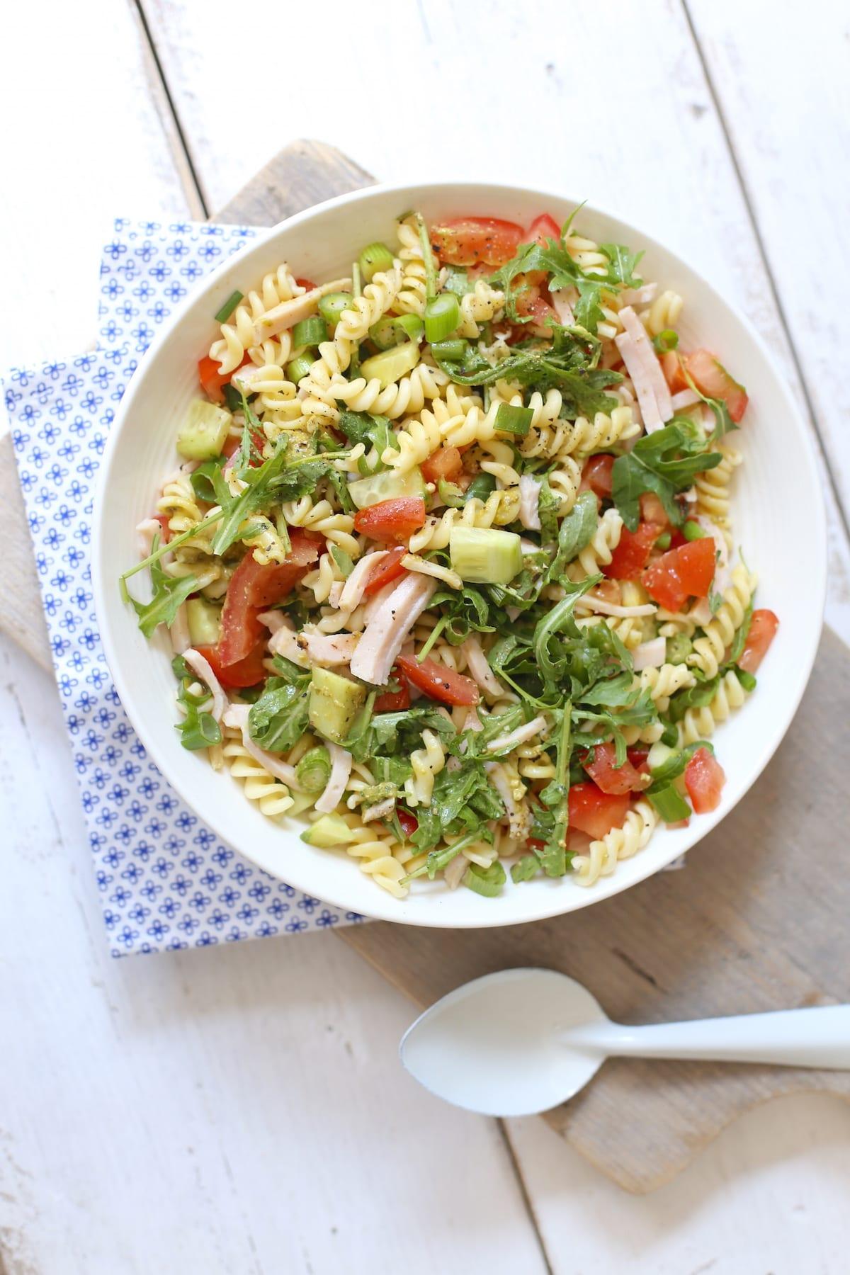 Frisse & zomerse pastasalade