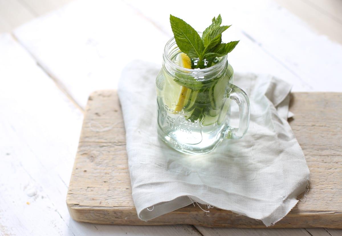 IJswater met komkommer en munt