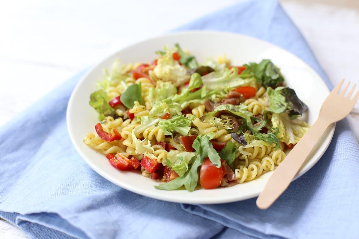 New 5x zomerse pastasalades - Lekker en Simpel @AD18