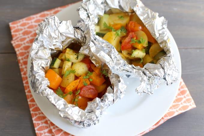 Groentenpakketjes van de barbecue