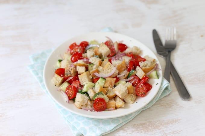 panzanella, brood salade
