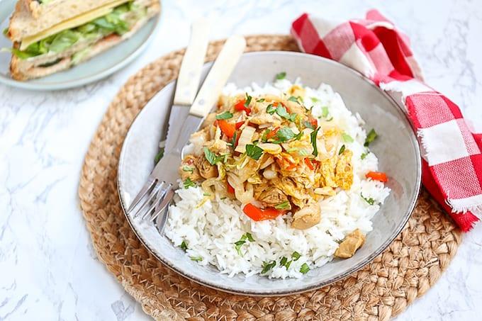 Wokschotel met kip en Chinese kool