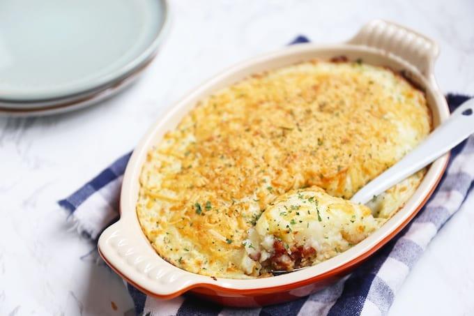 Bloemkool-ovenschotel met aardappel en spekjes