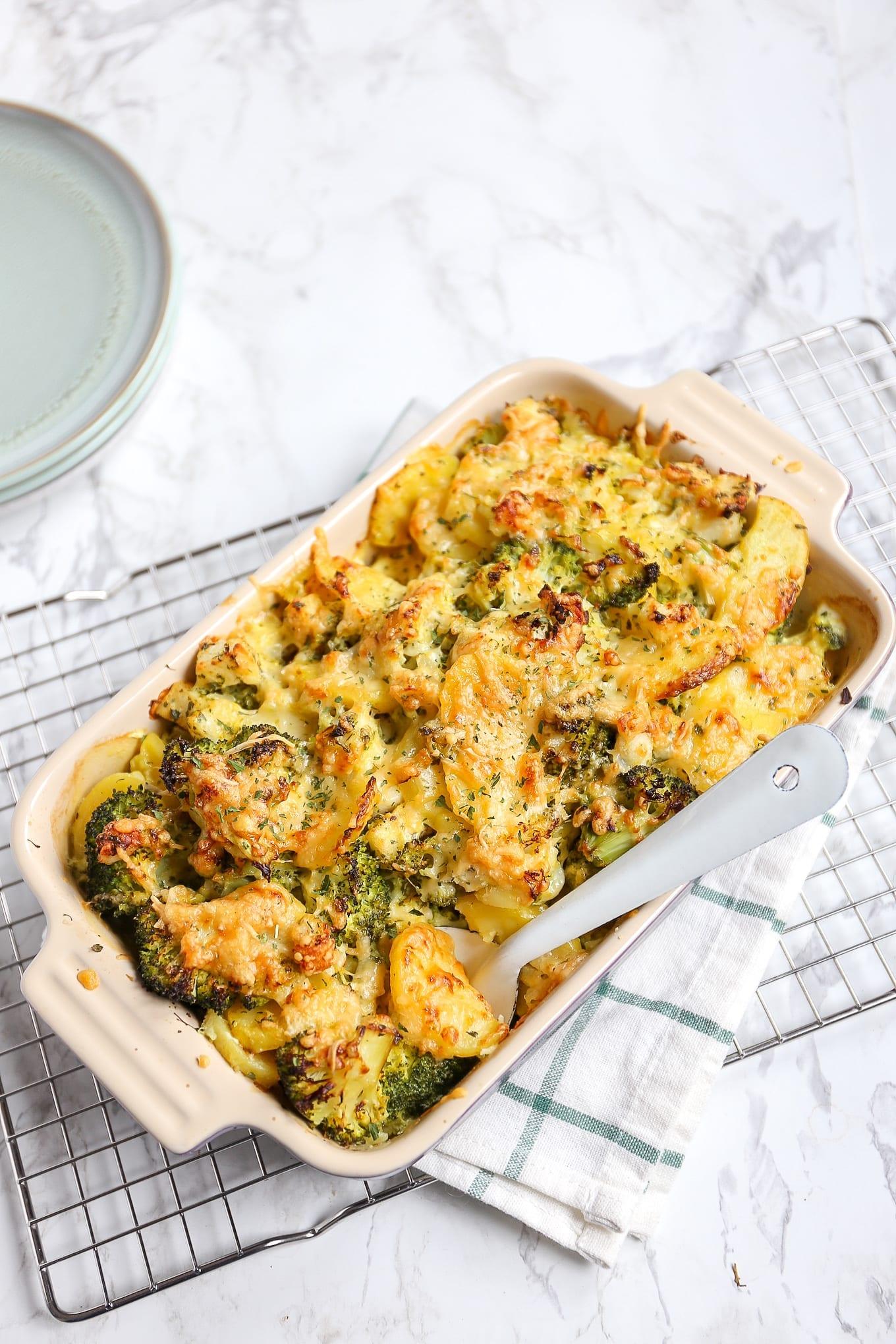 Vis-ovenschotel met broccoli