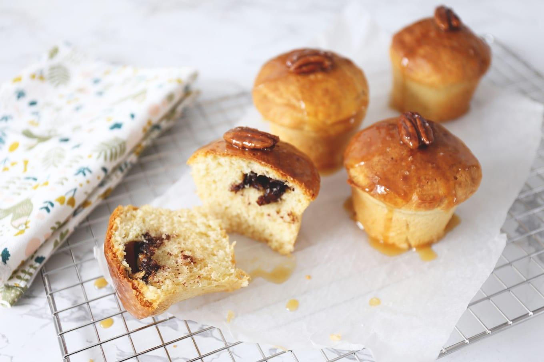Brioche muffins met chocolade en pecannoten