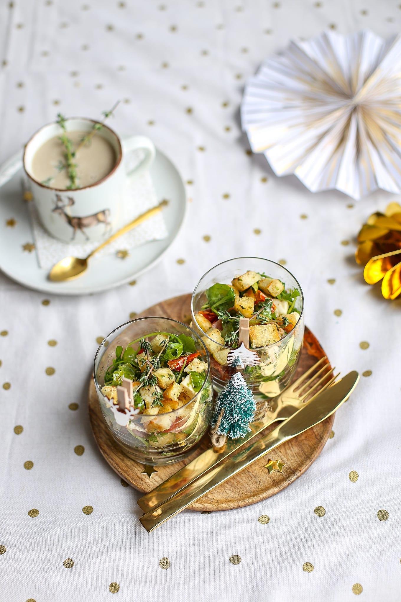 Italiaanse salade in een glaasje