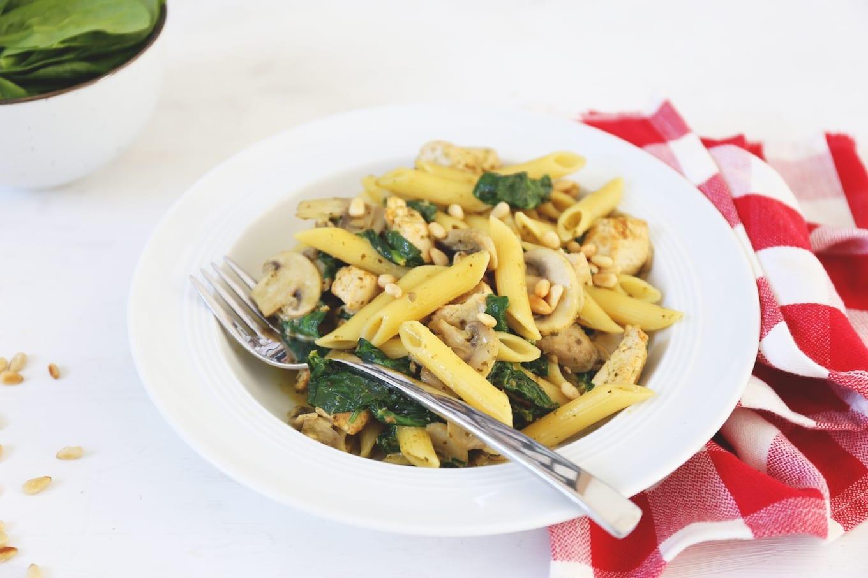 Pasta met kip en spinazie