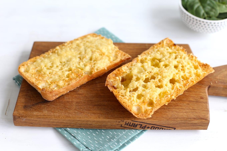 Kaas-knoflookbrood