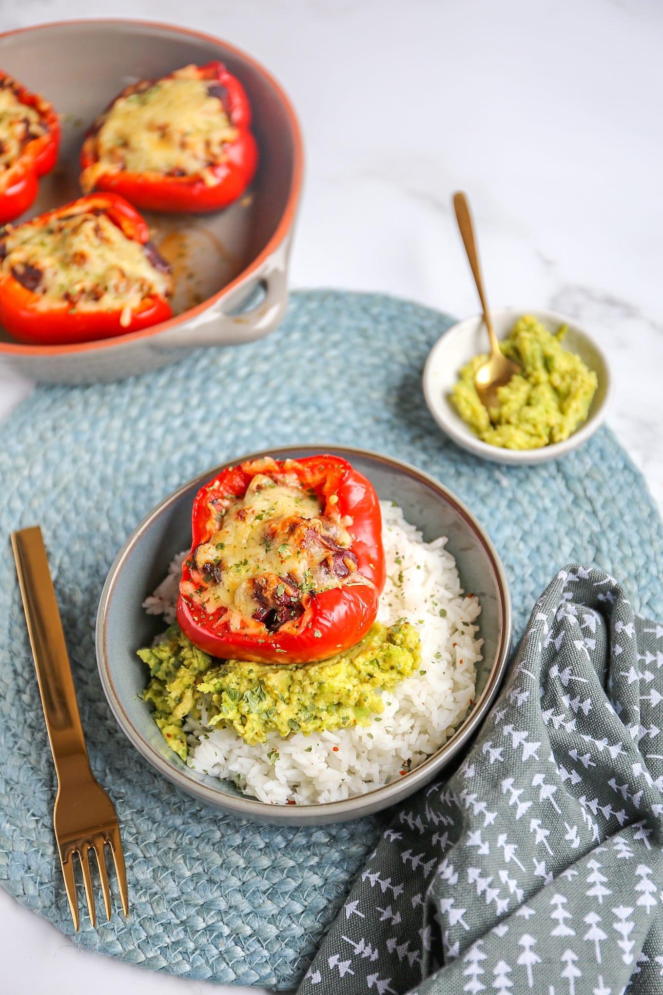Mexicaanse gevulde paprika's met rijst