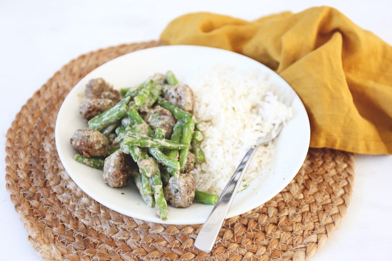 Gehaktballetjes met boontjes en rijst