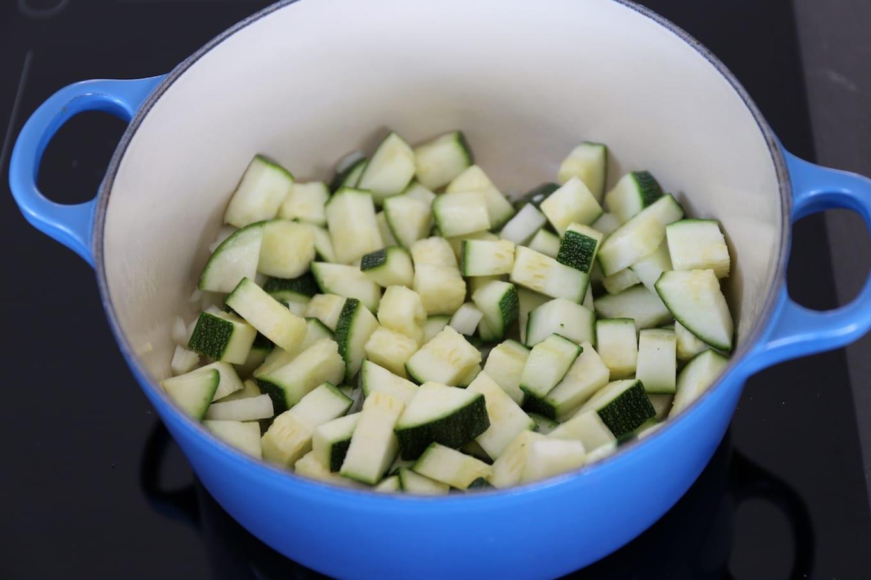 Courgettesoep met pesto