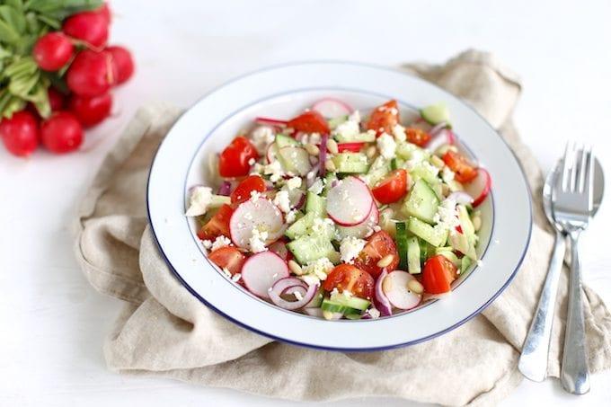 Salade met radijs en feta
