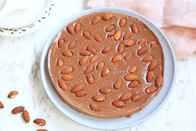 Speculaas chocolade taart met amandelen en zeezout