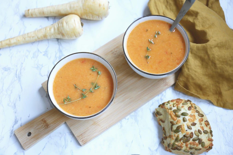 Tomaat-pastinaak soep