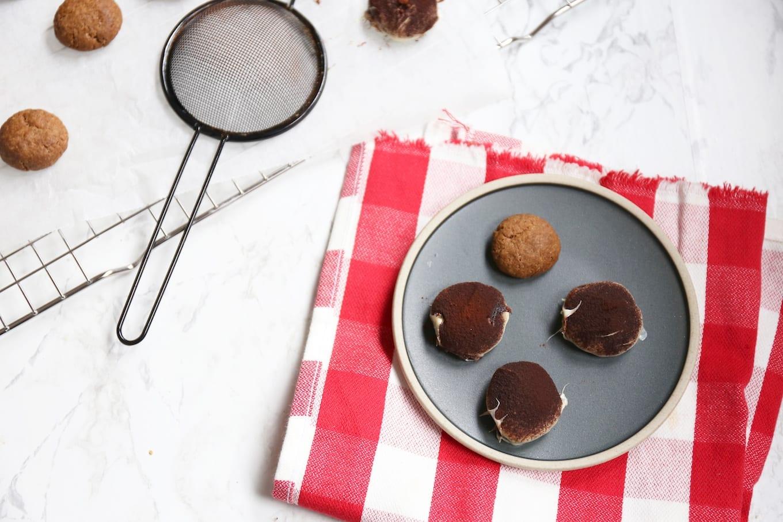 Zelfgemaakte truffel kruidnoten
