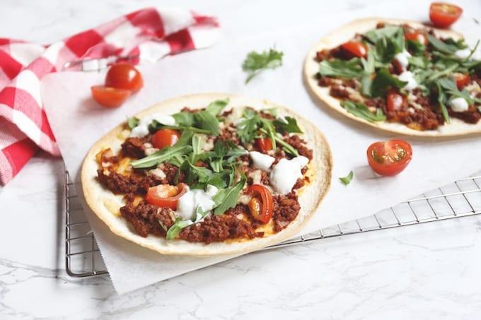 Wrap pizza met pittig gehakt