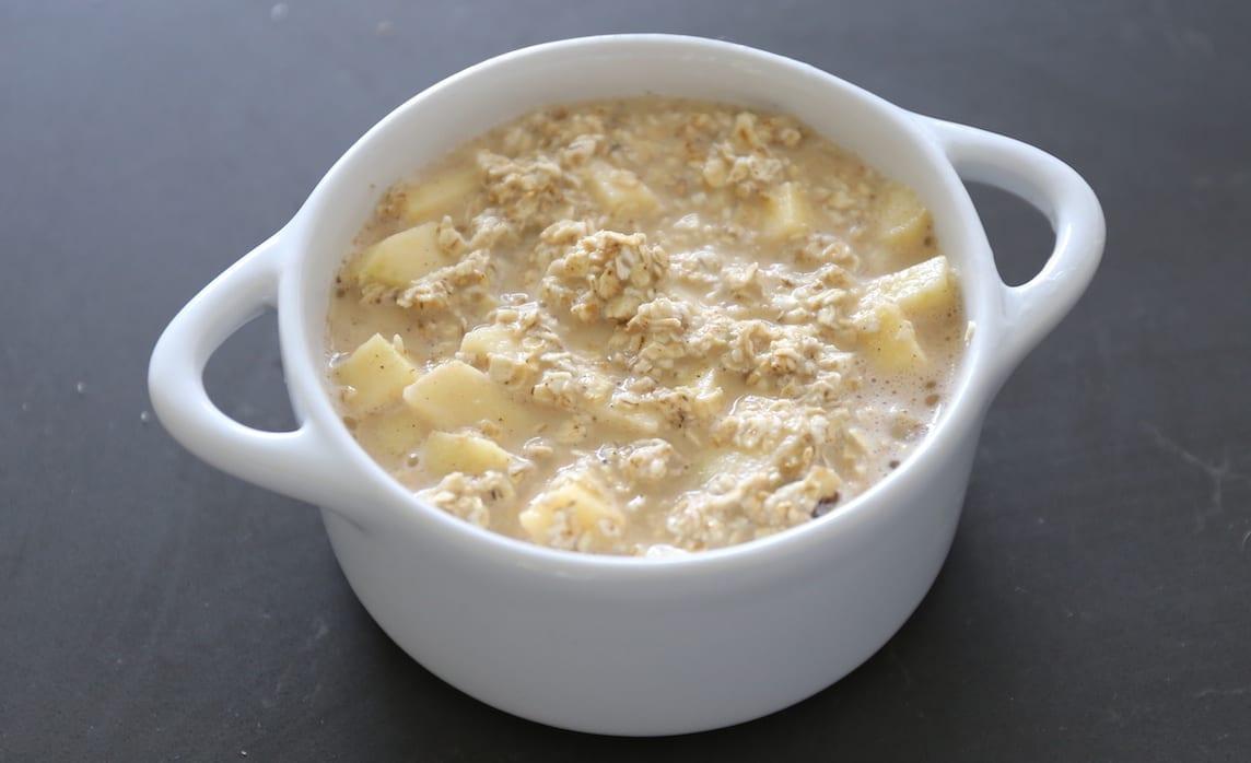 Havermout ontbijttaartje met appel en walnoot