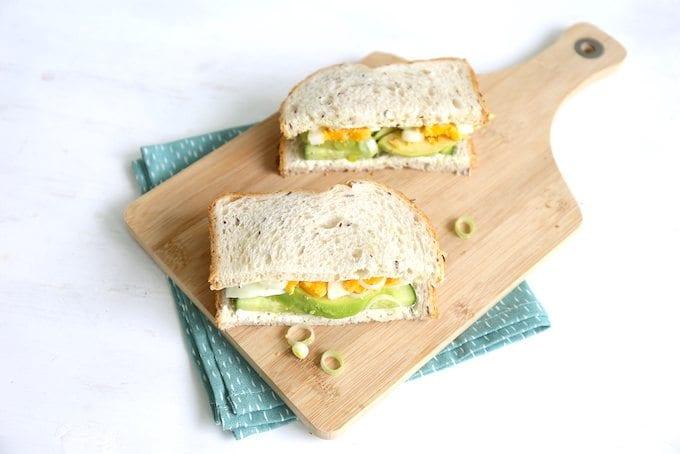 Komkommer-avocado sandwich