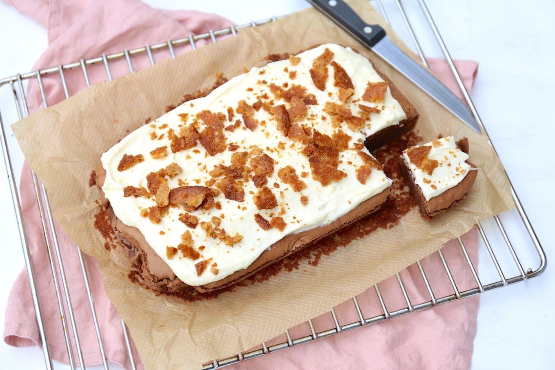 Brownies met een topping van roomkaas