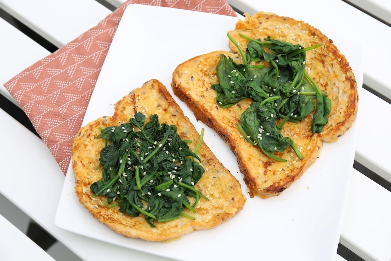 Hartige wentelteefjes met spinazie
