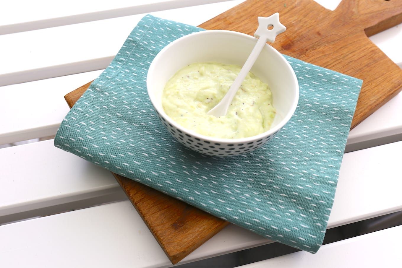 Yoghurt-avocado dip