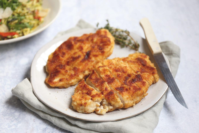 Zelfgemaakte kipschnitzel