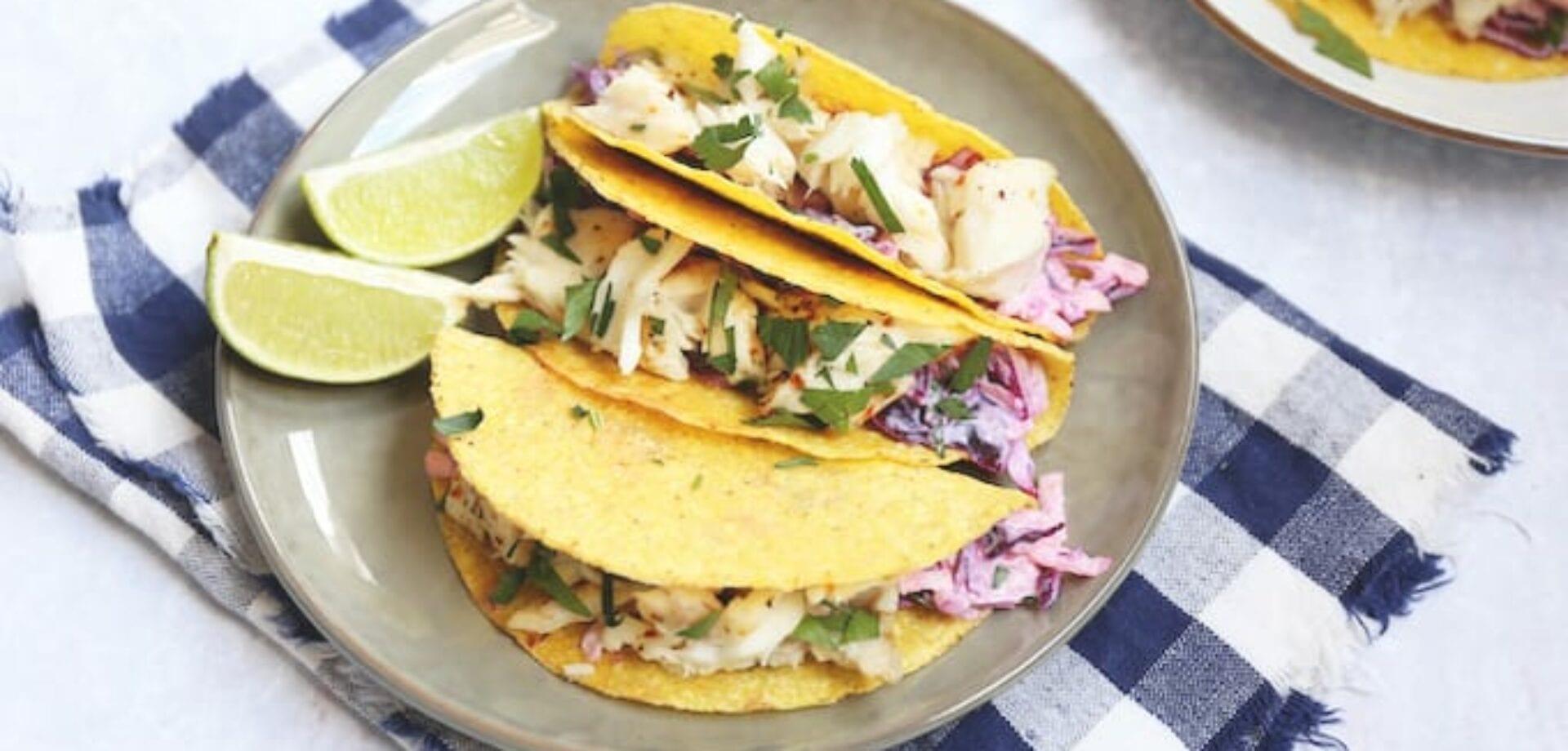 taco's met tilapia en rode koolsalade