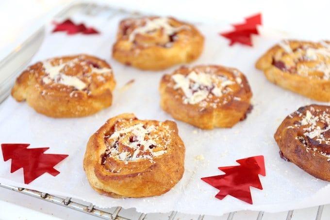 Cranberrybroodjes met witte chocolade