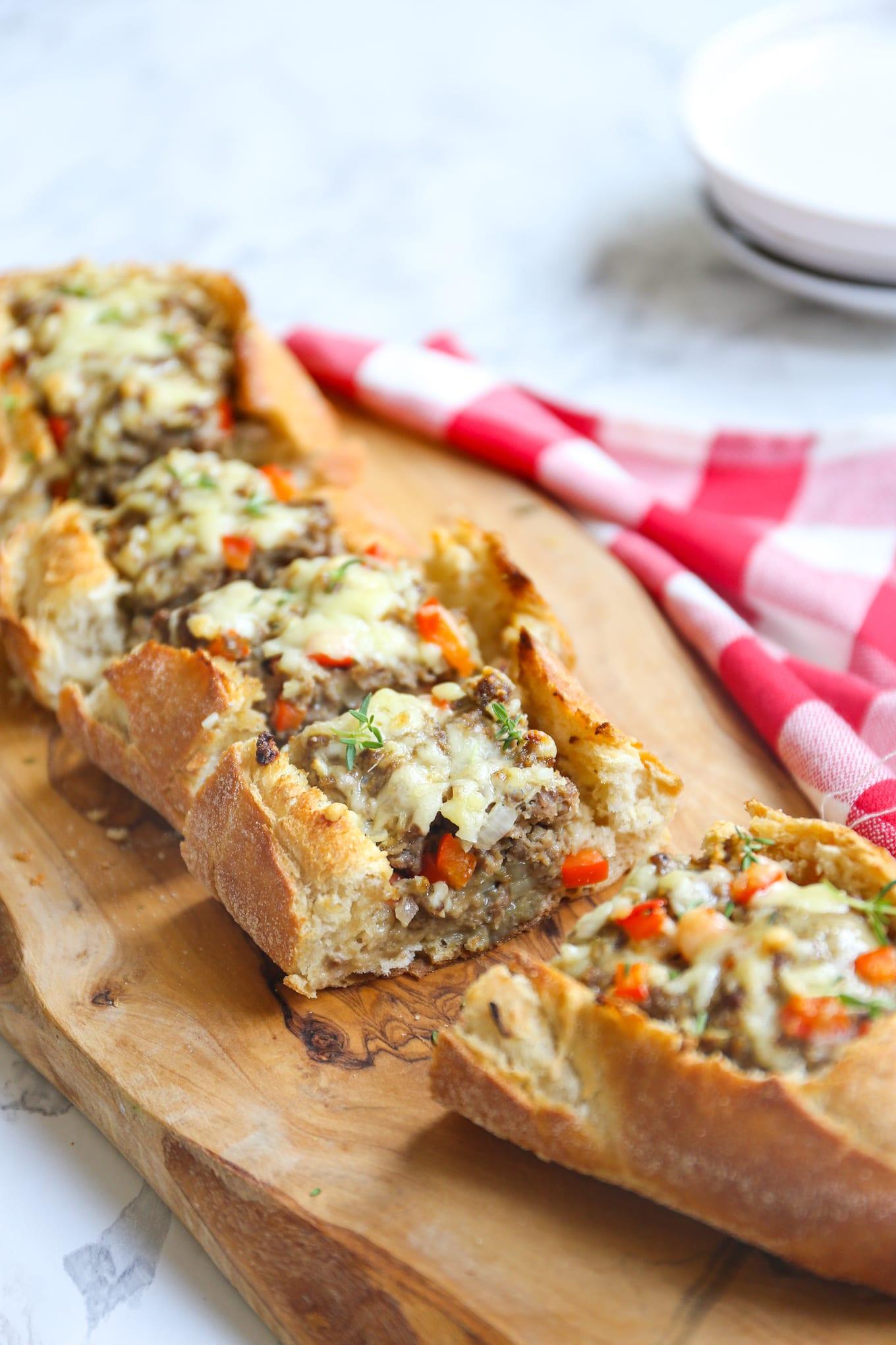 Stokbrood gevuld met pittig gehakt