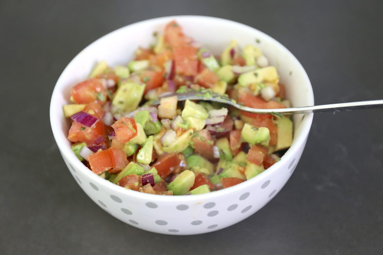 Wraps met kipfilet en salsa
