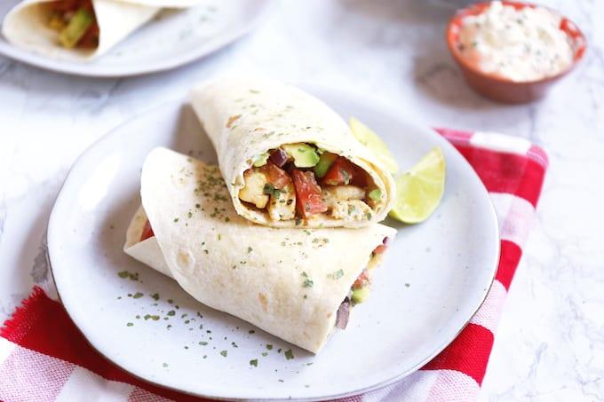 Wraps met kip en salsa