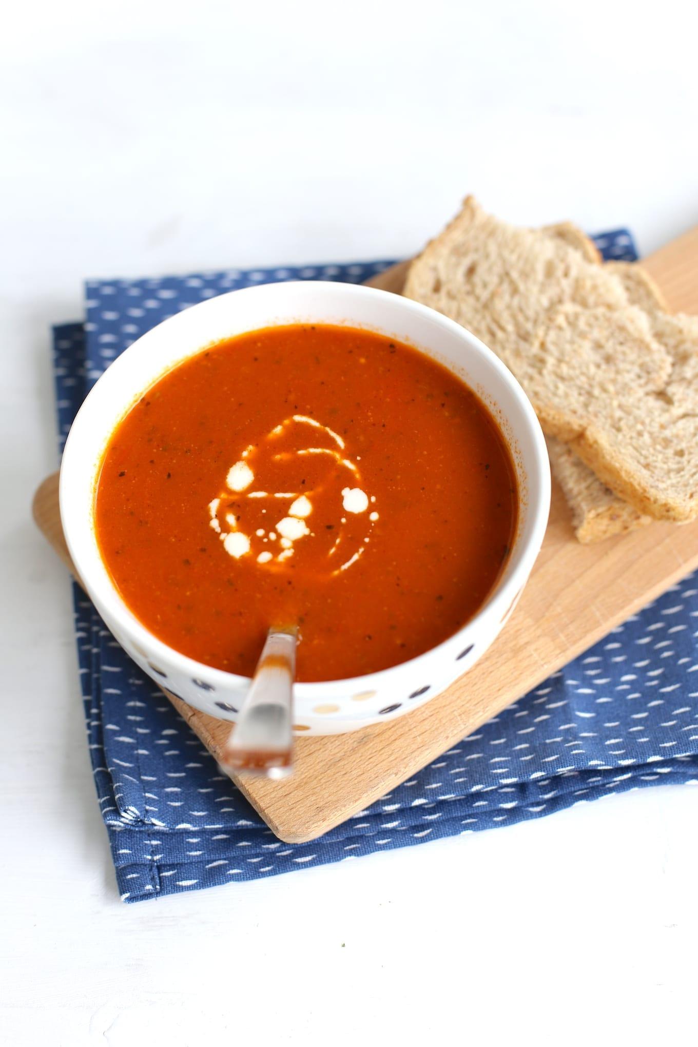 Italiaanse tomatensoep met balletjes