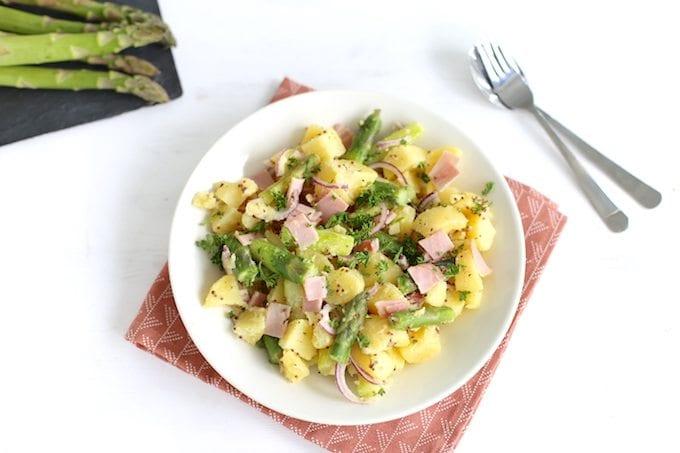 Aspergesalade met aardappel en ham