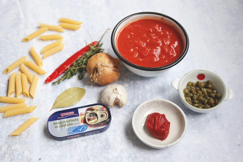 Benodigdheden pasta puttanesca