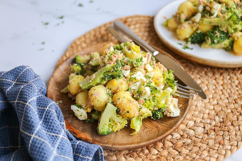 Broccolisalade met krieltjes