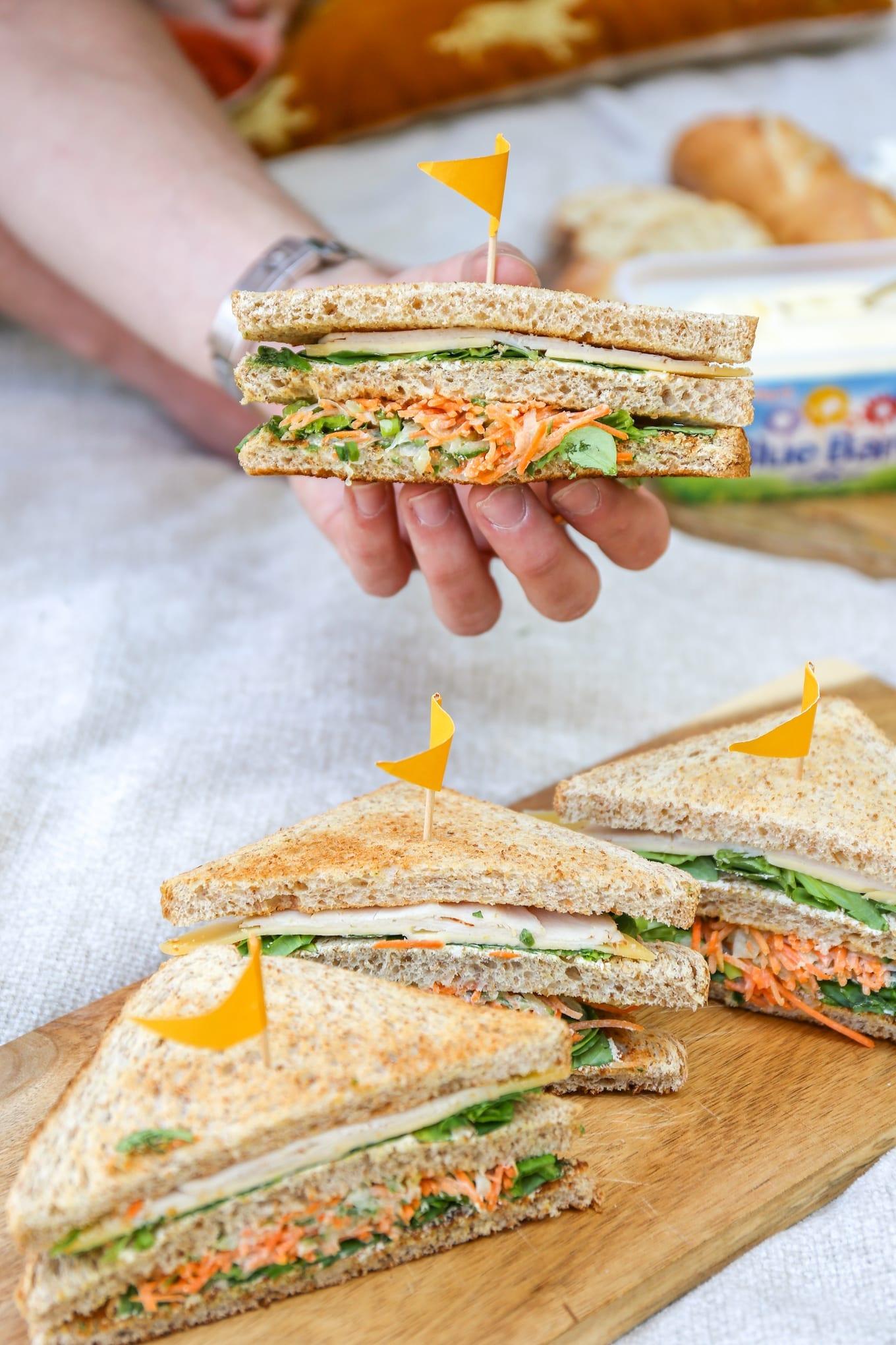 Sandwich met wortelsalade