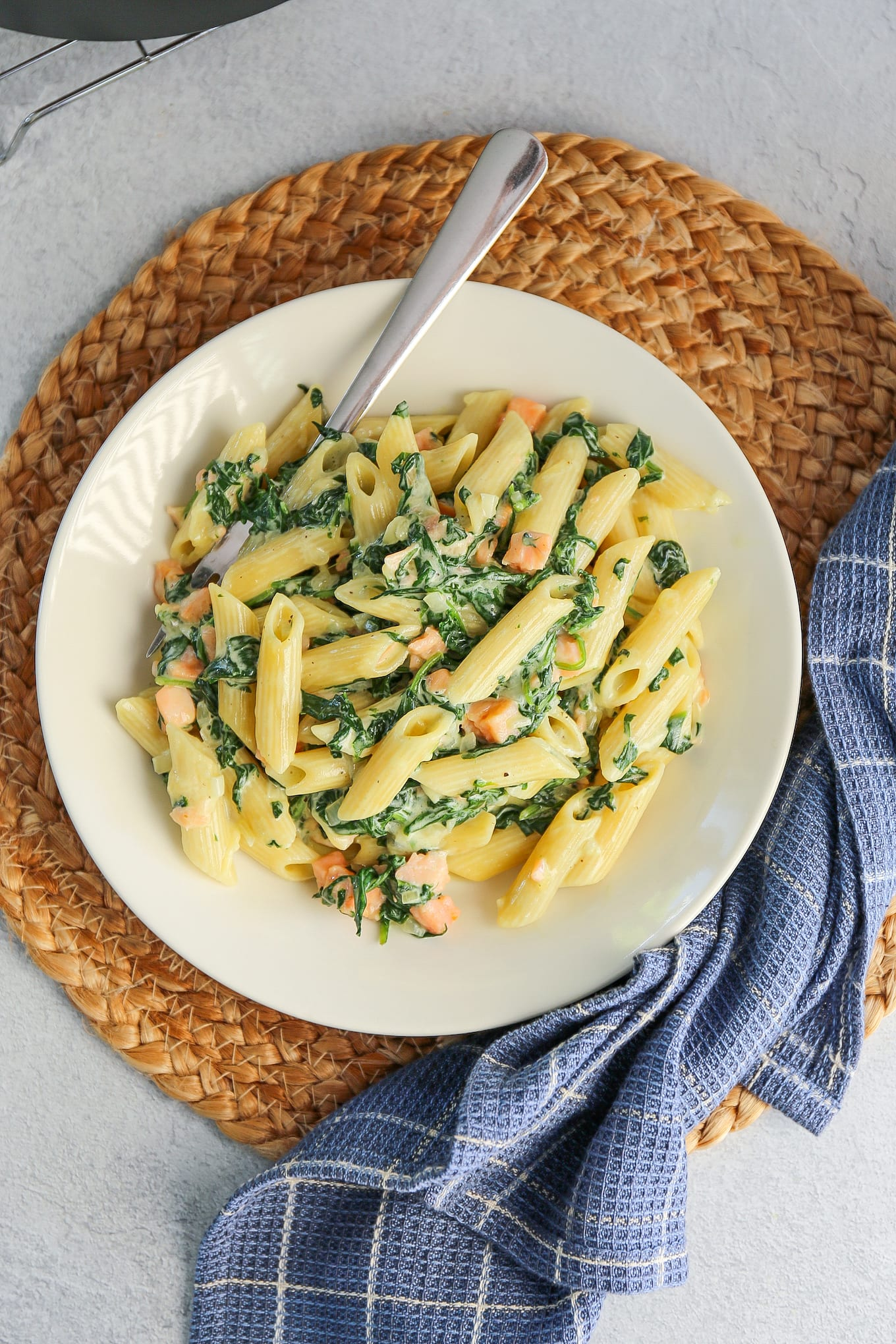 pasta met spinazie en zalm