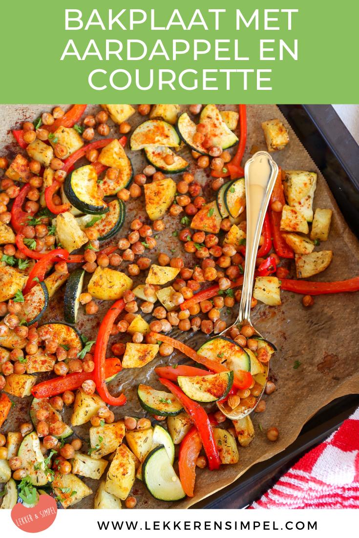 bakplaat met aardappel, paprika en courgette